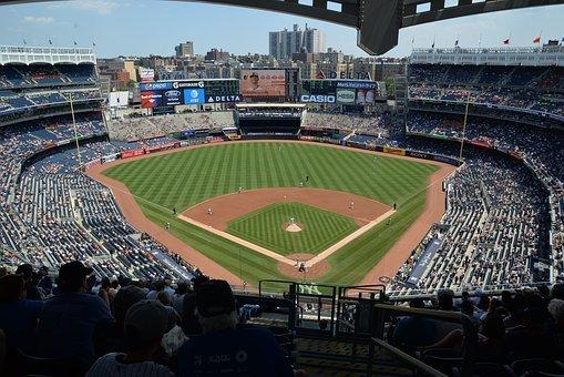Czarno-białe mundury baseballowe graczy MLB